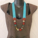 collier gros ruban turquoise et ocre