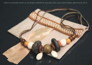 collier cauris sertis et fils de soie taupe, brun  et orangé